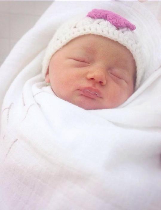 Dcera dostala jméno po mamince, jen v mezinárodní podobě - Claudia.