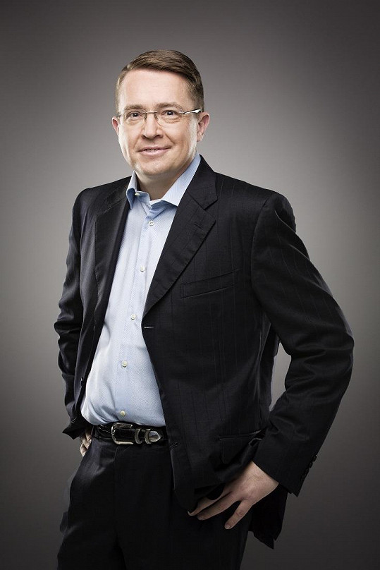 Roman Šmucler bude moderovat pořad Nejchytřejší Čech.
