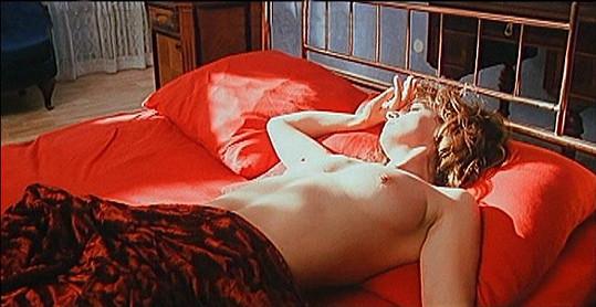 Ivana Chýlková se odhalila ve filmu Vášnivý polibek.