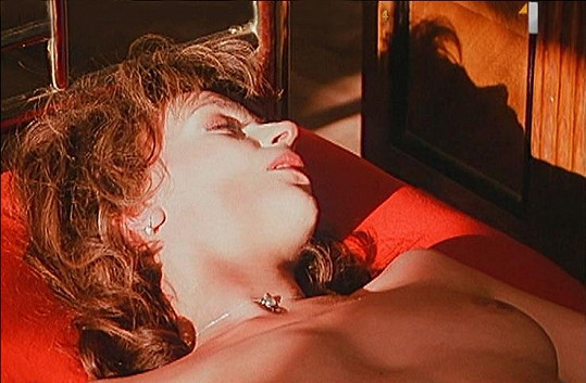 Ivana Chýlková odhodila před kamerou stud.