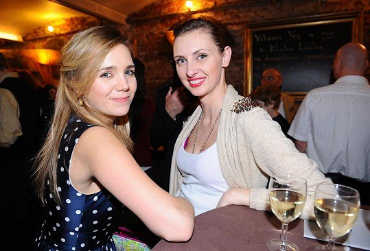 Lucka se svojí kadeřnicí Lenkou Šourkovou.