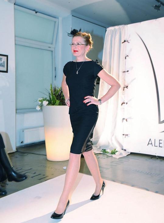 Štěpánka Duchková v modelu Aleny Wilson.