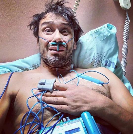 Pavel liška musel být hospitalizovaný.
