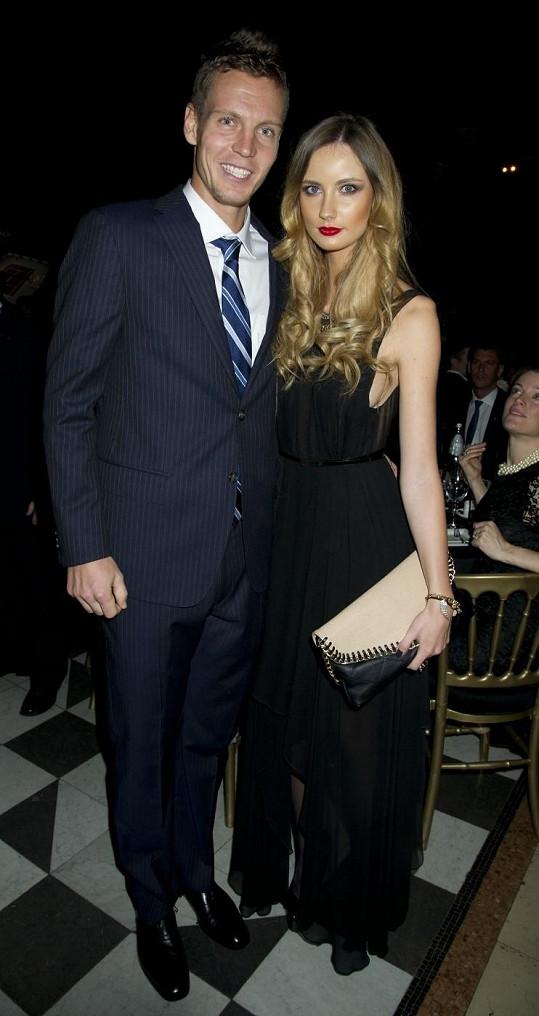Tomáš a Ester tvoří pěkný pár.