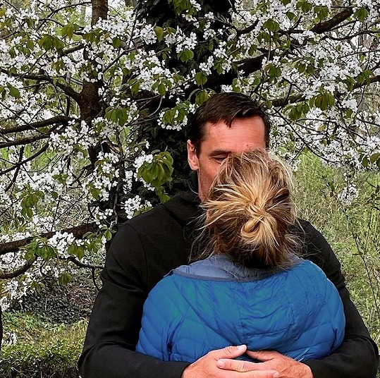 Moderátor Roman Šebrle s manželkou Evou
