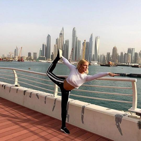 Markéta miluje cvičení jógy.