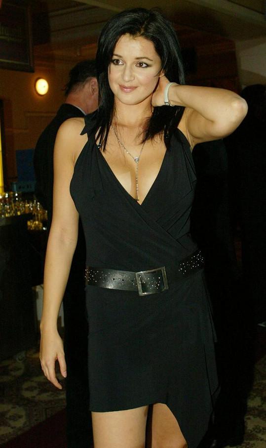 Iva v roce 2002, kdy její kariéra začínala.