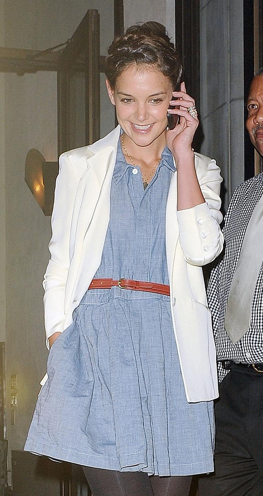 Katie Holmes vypadá senzačně.