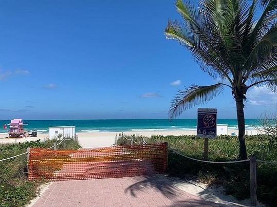 V Miami už uzavřeli i pláže.
