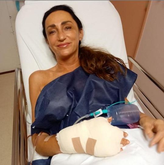 Sisa Sklovská má za sebou druhou operaci ruky.