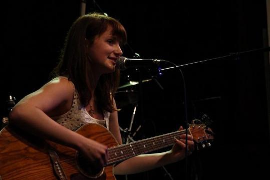 Patricie Fuxová je velmi talentovanou písničkářkou.