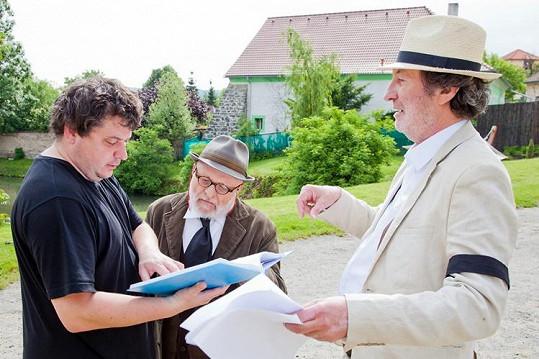 Pokračování kultovní komedie Dědictví aneb Kurvahošigutntag z roku 1992 režíruje Robert Sedláček.
