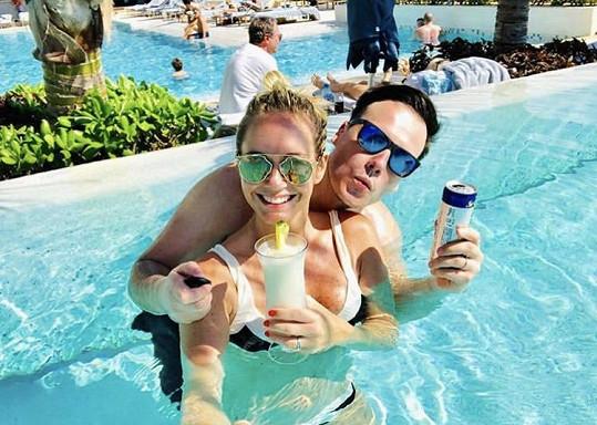 Klára si užívá v Mexiku dovolenou s manželem Petrem Suchoněm.