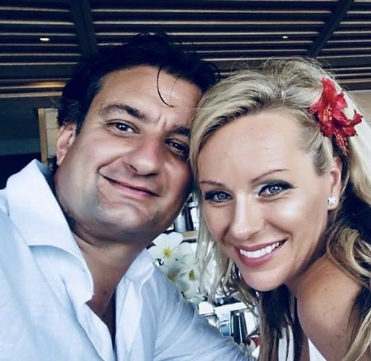 Brali se na Seychelách.