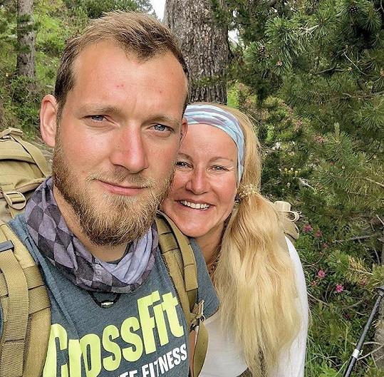 Jinak je s manželem Pepou hlavně v horách.