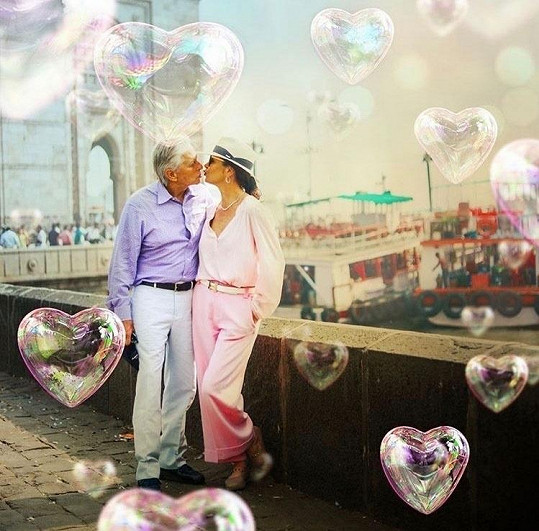 Michael a Catherine loni oslavili dvacáté výročí svatby.
