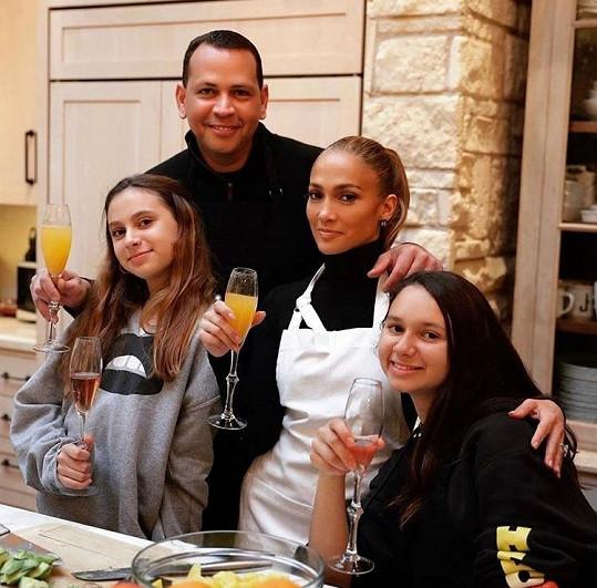 S Rodriguezem a jeho dcerami Natashou a Ellou