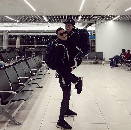Na dovolenou Andrea odjela s přítelem Kazmou.