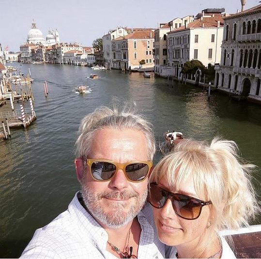 Romantika s benátským kanálem za zády.