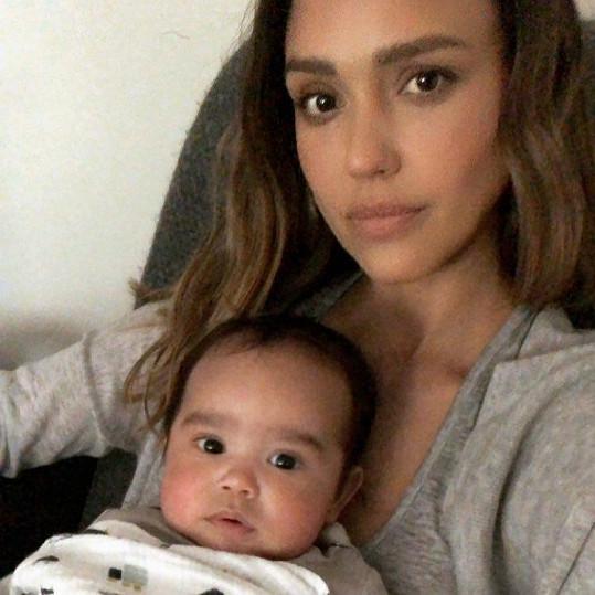 Jessica s nejmladším synem Hayesem