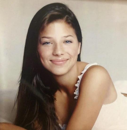 Eva Perkausová ve čtrnácti letech