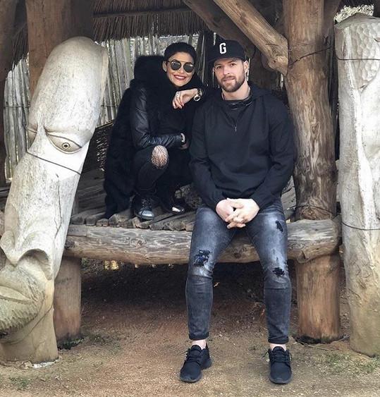 Vlaďka s přítelem Michalem Gulašim na výletě