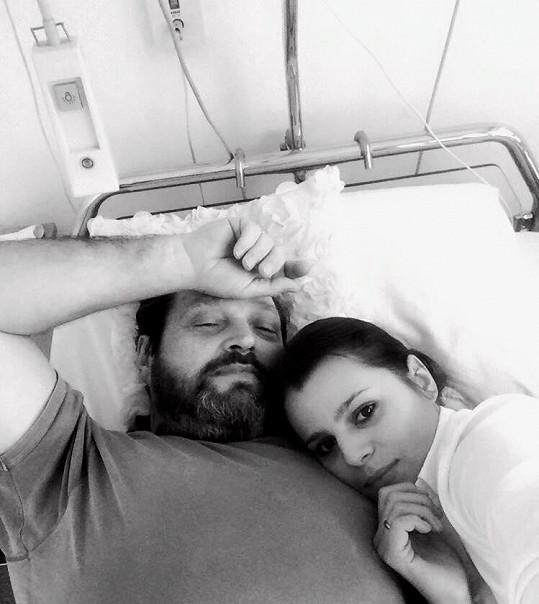Ornella a Pepa slavili výročí svatby u nemocničního lůžka.