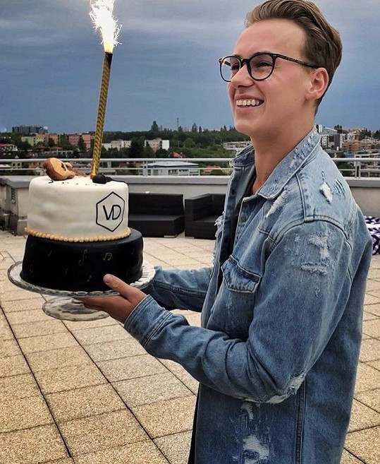 Vojta oslavil 23. narozeniny.