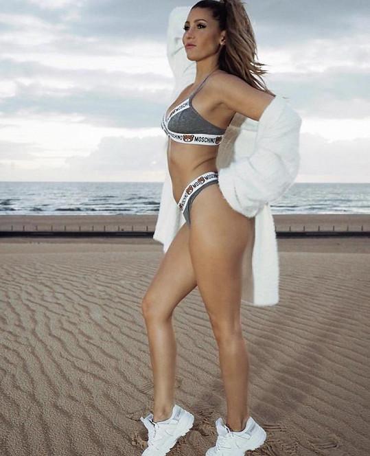 Tereza Kerndlová vystavila tělo na ostrově Fuerteventura.