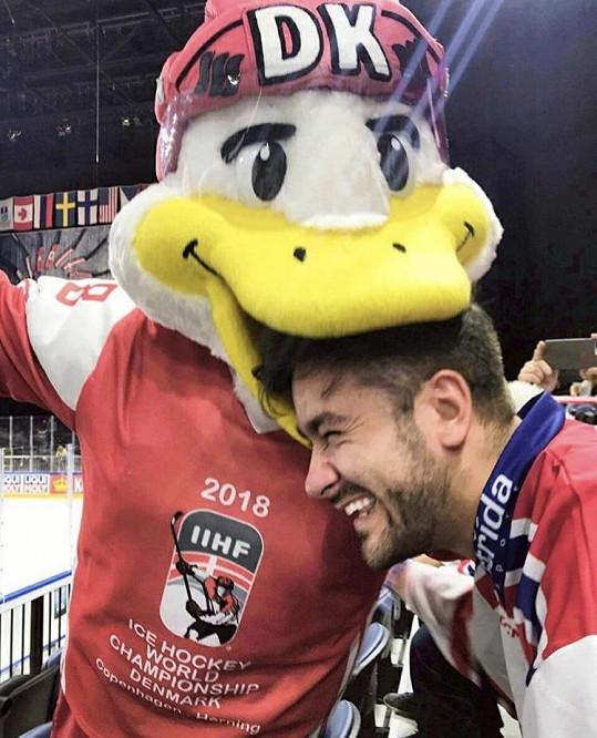 Marek Ztracený vyrazil na Mistrovství světa v hokeji.