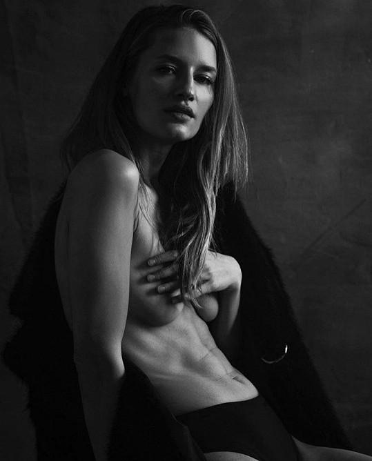 Linda Vojtová je neuvěřitelně sexy.