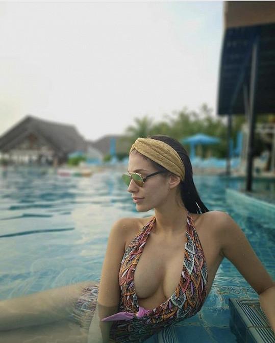 Jasmina Alagič si užívá pohádkovou dovolenou.