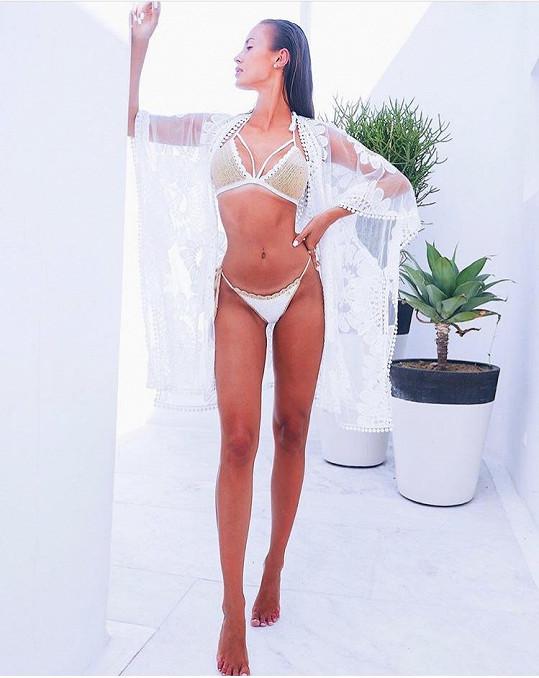 Nikola Bechyňová si v Řecku dovolenou užila.