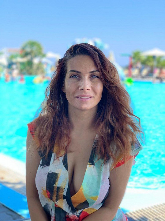 Moderátorka si užívá dovolenou v Řecku.