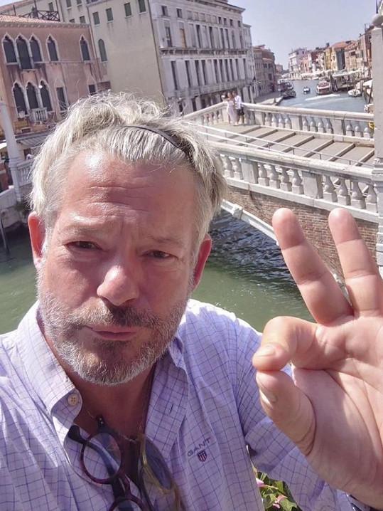 Na pár dní pak se ženou vyrazili do Benátek.