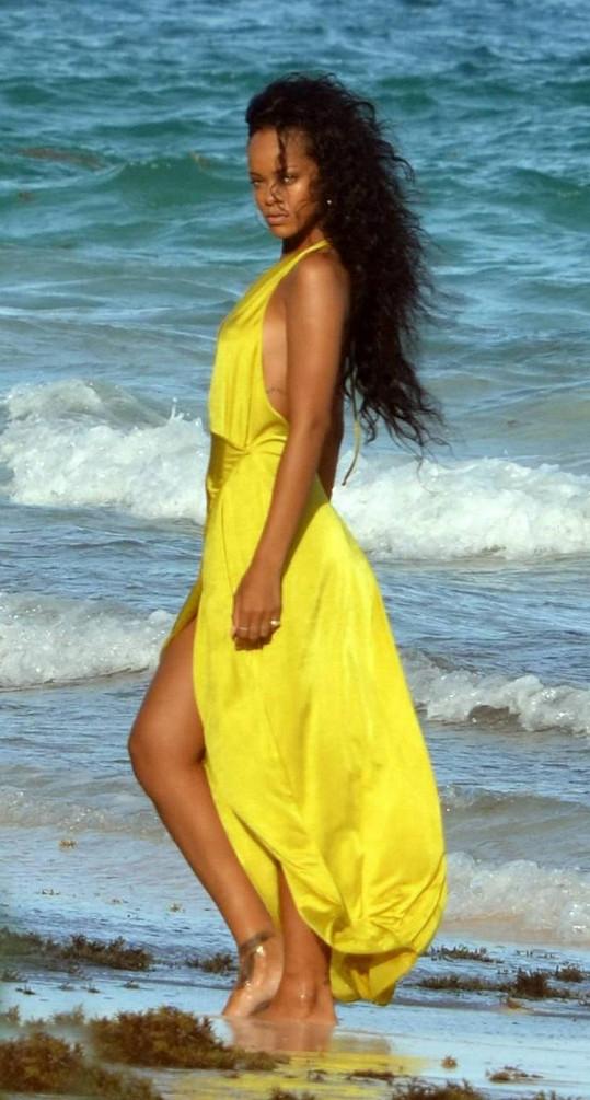 Rihanna pózuje pro svou novou roli tváře Barbadosu.