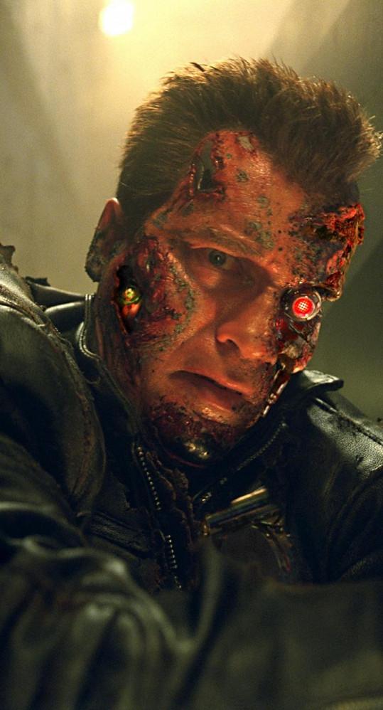Arnie ve filmu Terminátor 3: Vzpoura strojů.