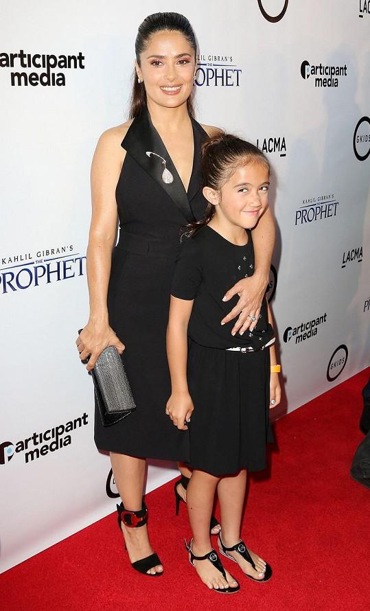 Valentina Paloma je stejně okouzlující jako její slavná maminka.