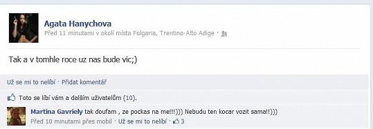 Status Agáty na Faceboku hovoří za vše. Je těhotná?