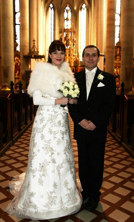 Tereza Kostková a Petr Kracik na svatební fotce