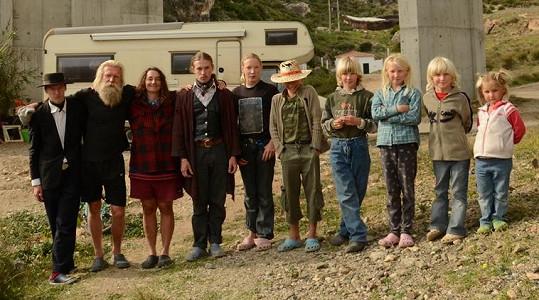 Rodina žije v maringotkách