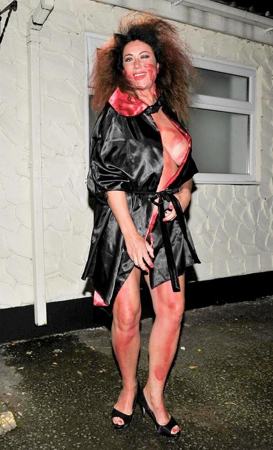 Lisa Appleton a její příšerný halloweenský kostým