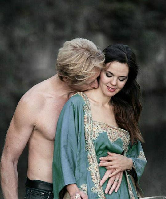 Karel Janeček se s Liliou dočkali dcery Isabelly.