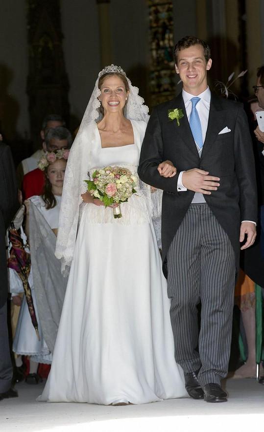 Alixis de Ligne se provdala za Guillauma de Dampierra.