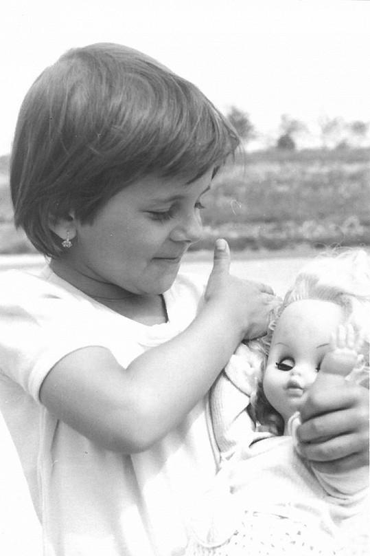 Laďka prý byla usměvavé dítě.