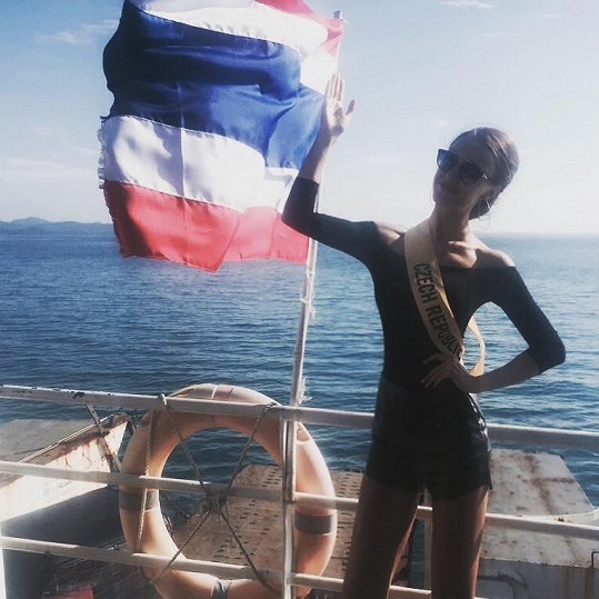 Taťána si v Thajsku užívá.