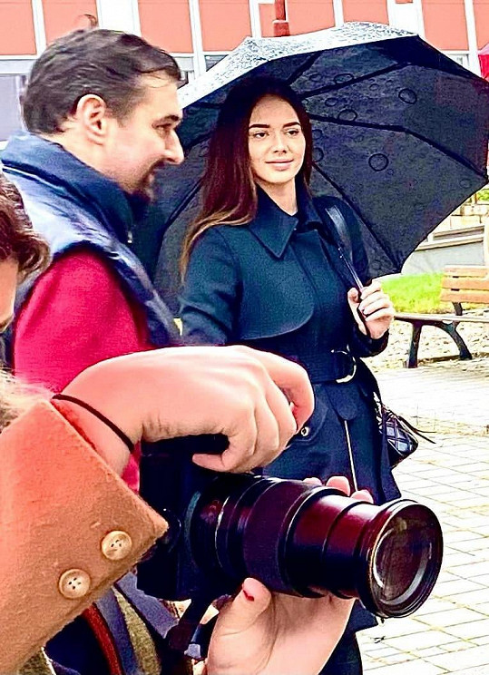 Tomáš Magnusek s modelkou Gabrielou Gášpárovou