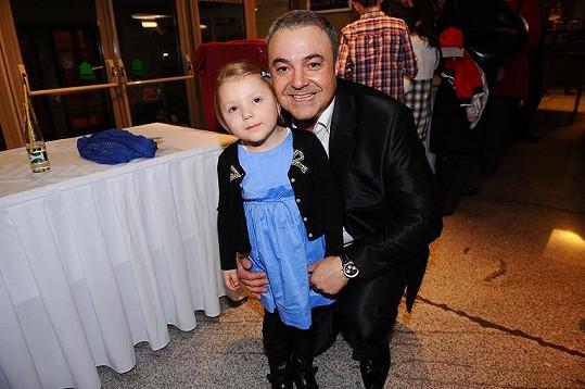Martin Zounar s dcerou.