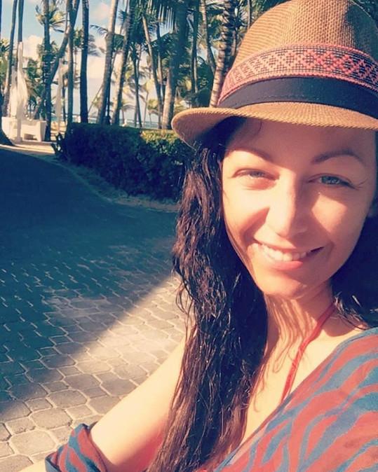 Agáta Prachařová se ukázala bez make-upu. Někteří fanoušci v ní hned viděli mámu Veroniku Žilkovou.