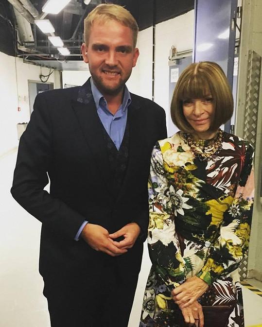 Na Laver Cupu se vyfotila s Liborem Boučkem, který show uváděl.